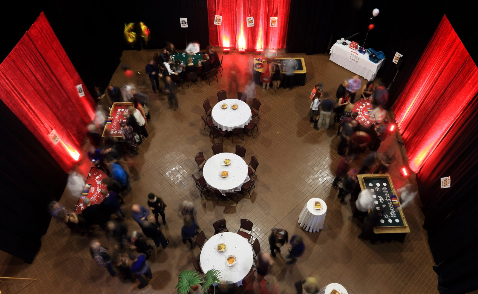 https://www.hoteluniversel.com/wp-content/uploads/2018/05/Party-LFL-Hall-1-1600x985.jpg